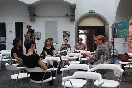 Pogovor z Anjo Medved in projekcija / Talk with Anja Medved and screening, photo: Mihaela Majerhold